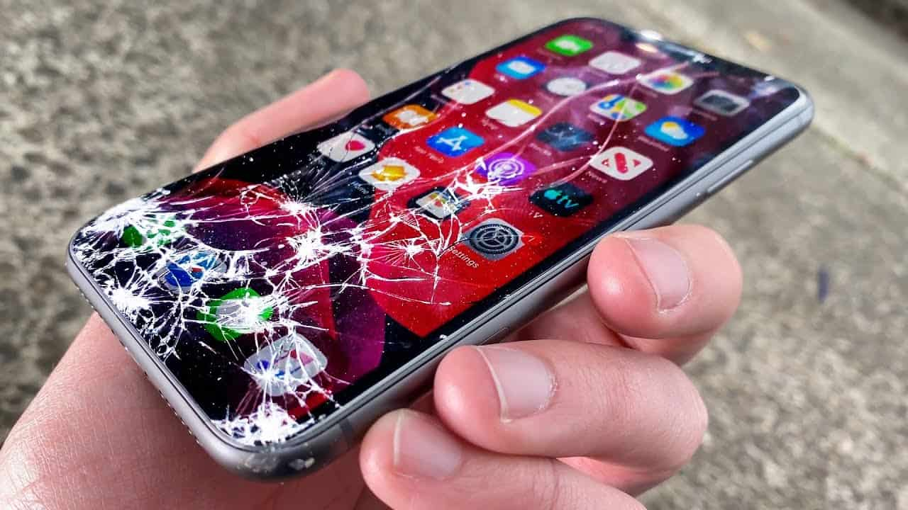 4 Things To Decide Before Getting Your iPhone Repaired